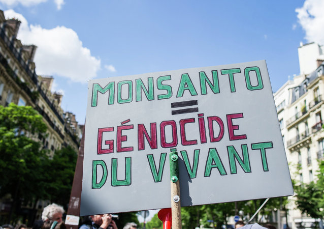 Manifestation contre Monsanto à Paris