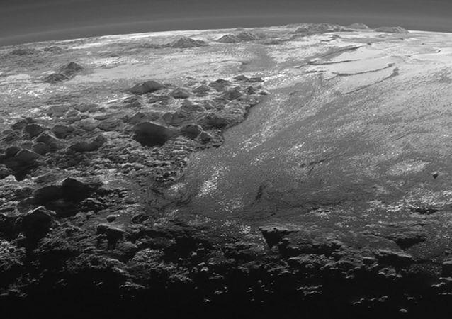 Plaines en glace sur Pluton, photo prise par la sonde spatiale New Horizons