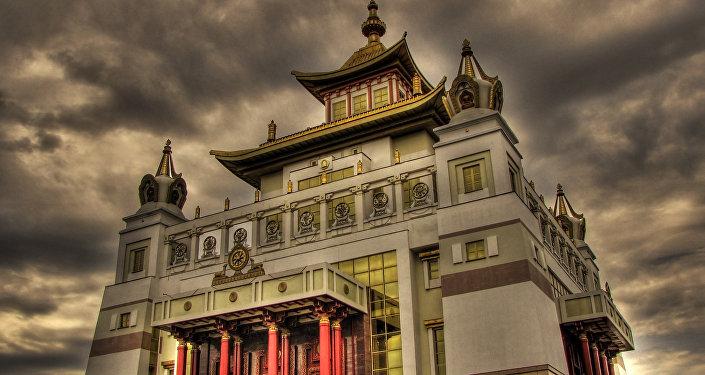 Temple d'or de Bouddha Sakyamuni, en Kalmoukie