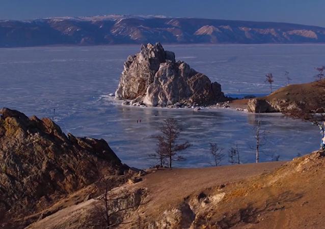 La beauté incroyable du lac Baïkal