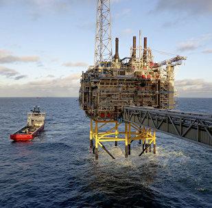La plateforme de traitement du gaz et d'élimination du CO2 de la compagnie pétrolière et gazière Statoil près de la Stavanger, en Norvège, le 11 Février 2016