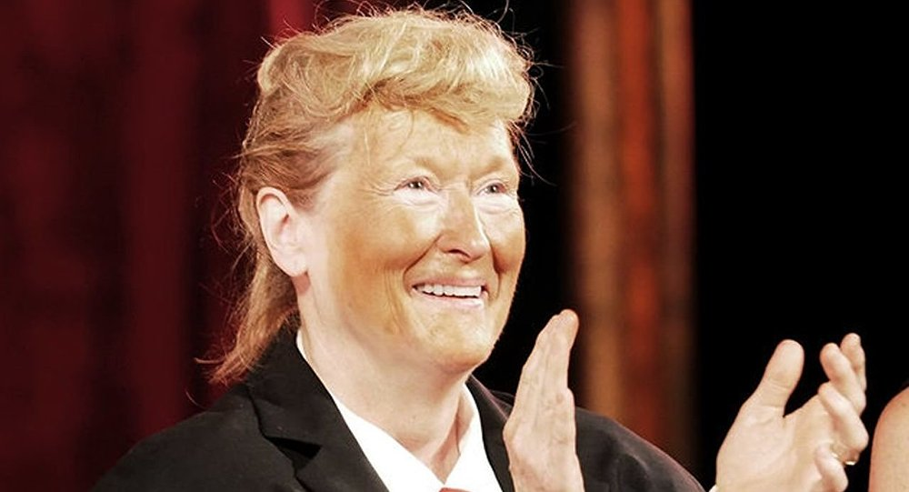 Meryl Streep takes stage dressed as Donald Trump