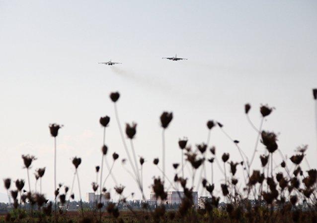 Des chasseurs dans le ciel syrien