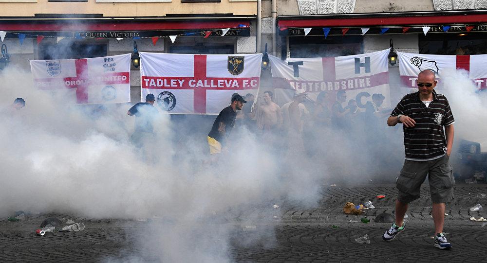Bagarres lors de l'Euro 2016 à Marseille