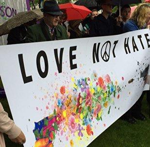 Edimbourg exprime le respect et la solidarité pour les victimes du massacre d'Orlando