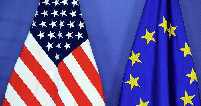 Drapeau national des États-Unis et le drapeau de l'Union européenne