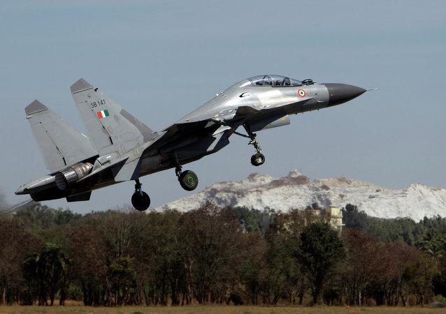 Un chasseur indien Su-30 MK