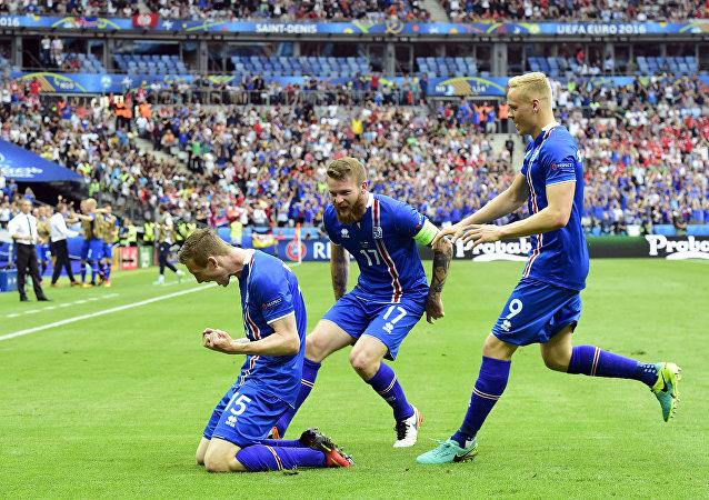 Les footballeurs de l'équipe islandaise