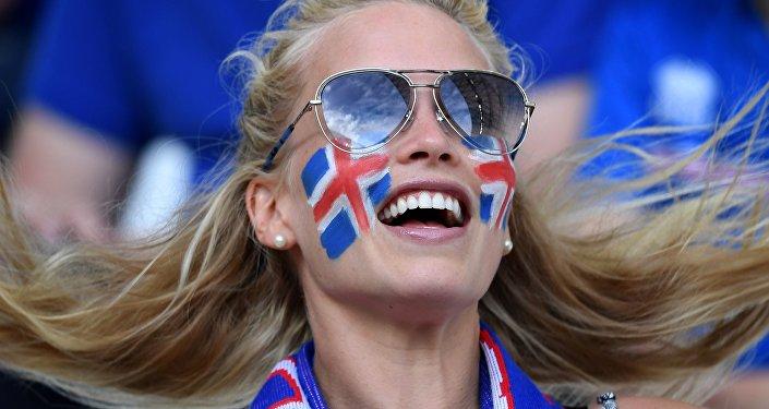 Supporteuse islandaise