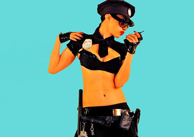 Oh non! Sexe et drogue interdits aux policiers sous couverture