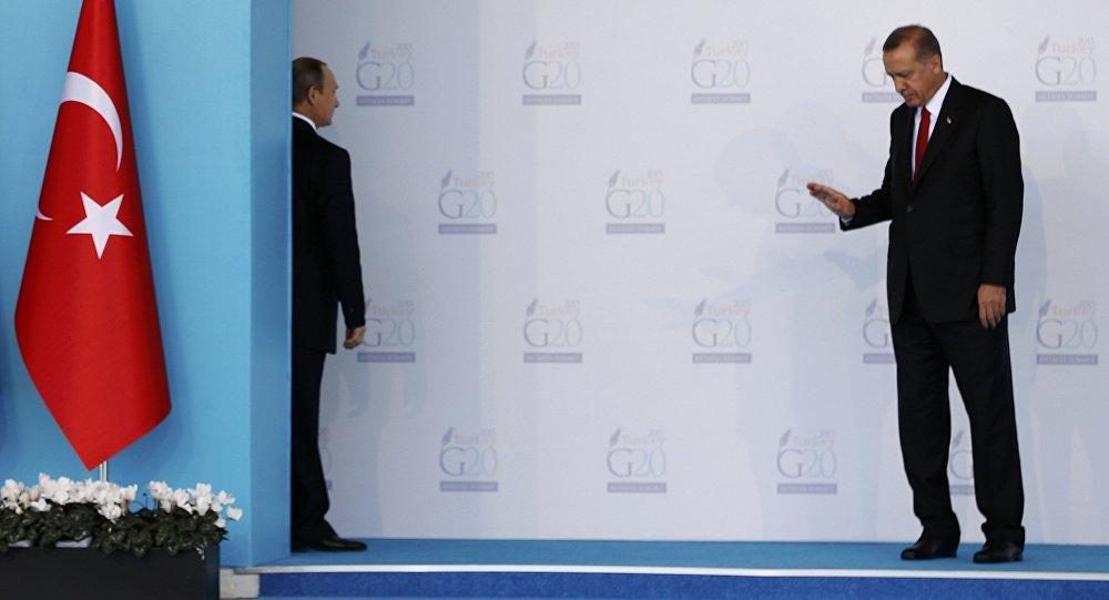 Les présidents russe et turc lors du sommet du G20