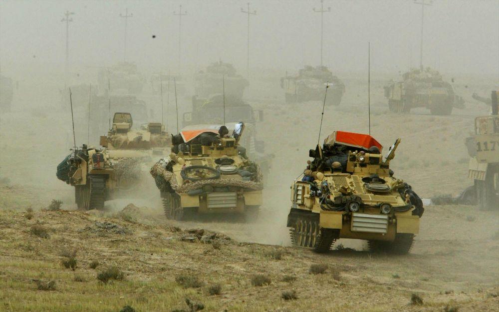 Des blindés britanniques en Irak.