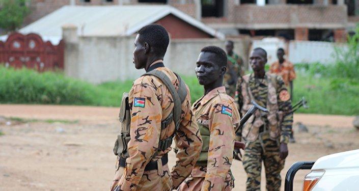 Des policiers et des militaires du Soudan du Sud