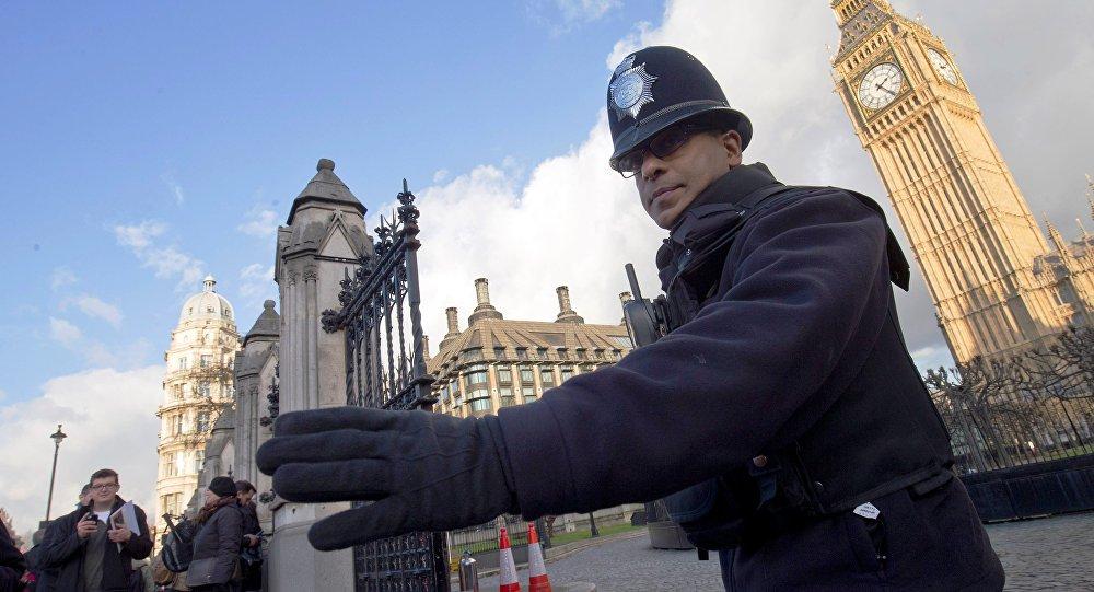 Les services se préparent pour contrer des attaques terroristes à Londres