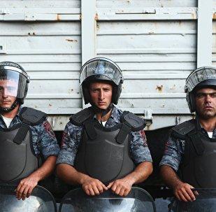 un commissariat d'Erevan