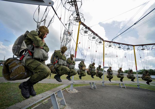 Les premières manœuvres militaires russo-égyptiennes auront lieu en septembre en Russie