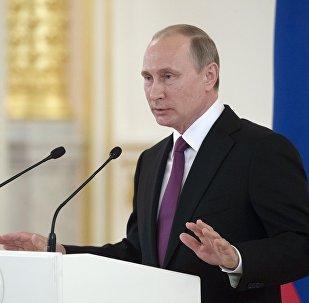 Vladimir Poutine reçoit la sélection olympique russe au Kremlin