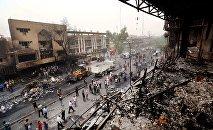 Lieu d'attentat suicide à la voiture piégée à l'entrée d'une ville située au nord-est de Bagdad.
