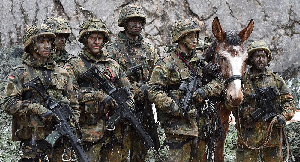 Les militaires allemands lors d'un exercice à Bad Reichenhall, en Bavière