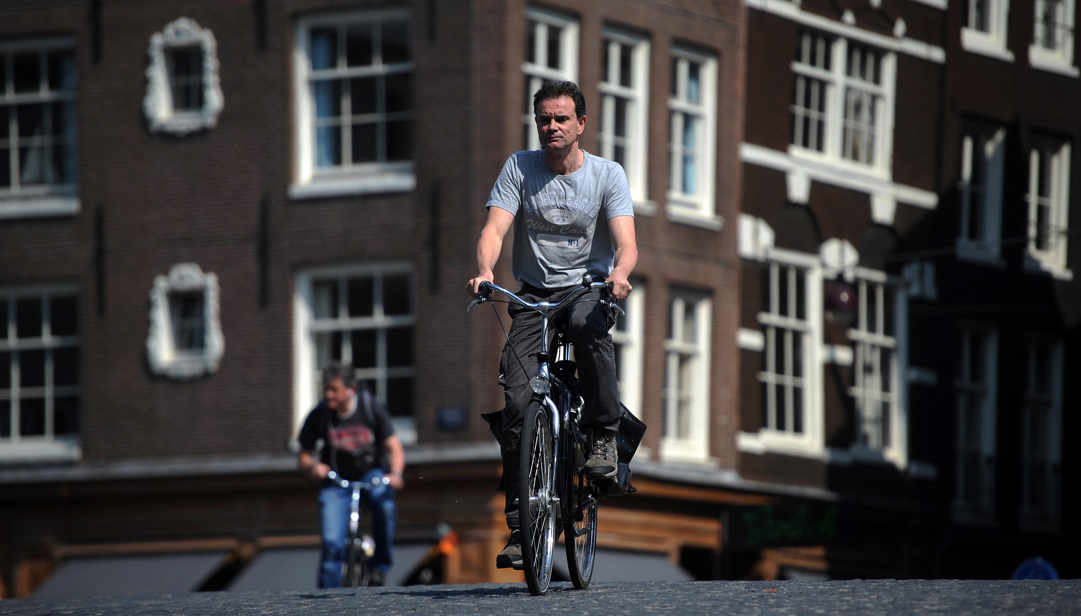 Города мирUn habitant d'Amsterdamа. Амстердам