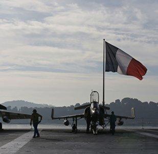 Le Charles-de-Gaulle et ses 24 Rafale mobilisés en vue d'une prise de Mossoul
