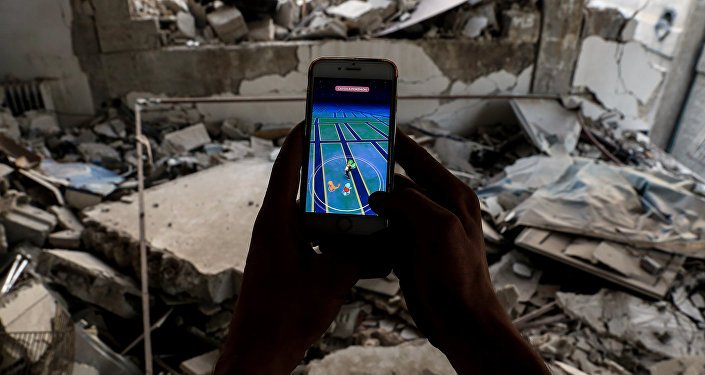 Des enfants syriens jouent à Pokémon Go pour échapper à la réalité d'Alep