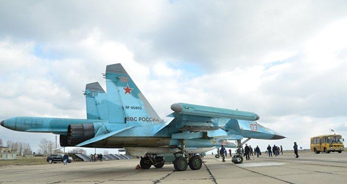 Des bombardiers polyvalents Su-34