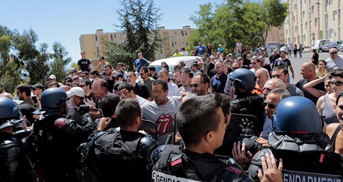 Rassemblement et colère en Corse