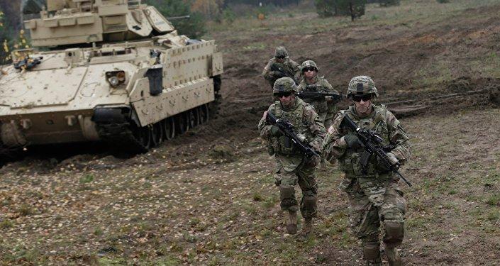 Les soldats des États-Unis, exercises en Lettonie, october 14, 2014