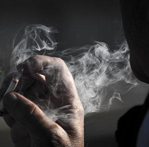 La solitude serait aussi dangereuse que le tabagisme