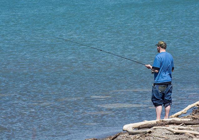 Un retraité australien en quête d'un ami pour aller pêcher