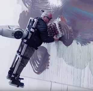 Un robot fait des chefs-d'œuvre avec un pinceau humain