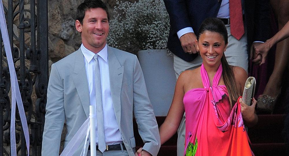 Miss Bumbum ne lâche pas Lionel Messi!