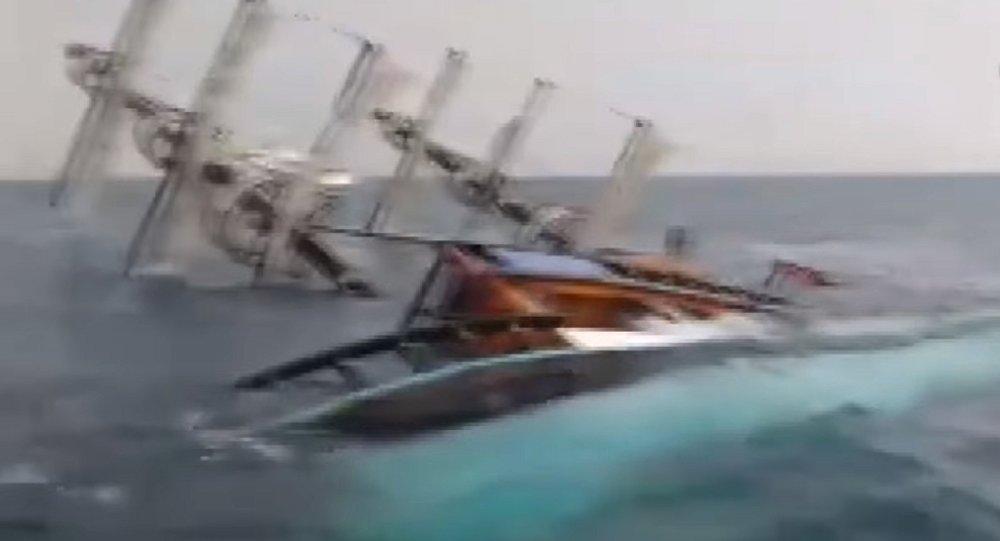 Vidéo du naufrage du bateau touristique en Turquie