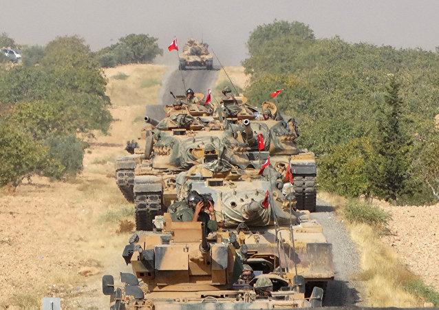 Des chars turcs