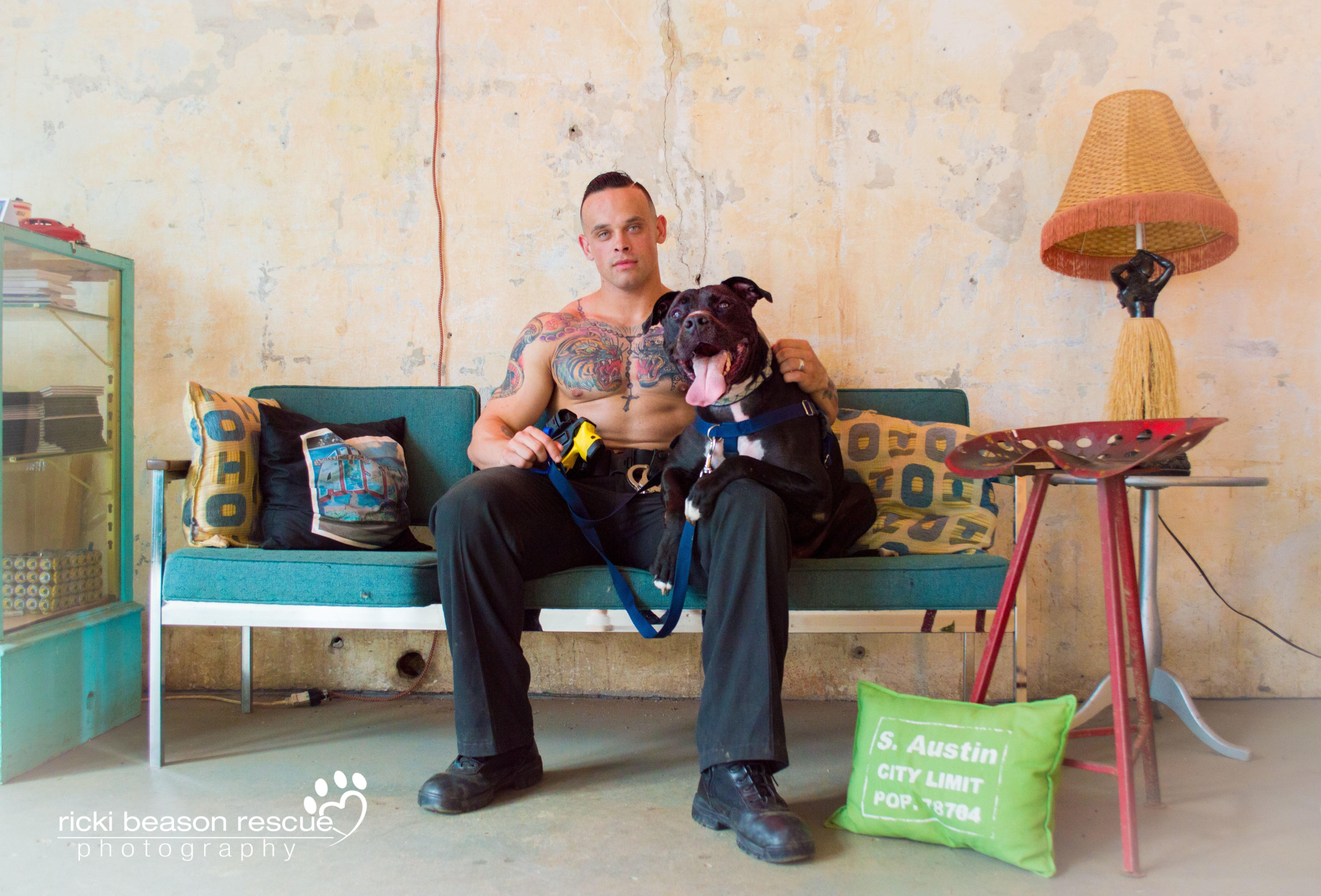 Ces Texans bodybuildés qui sauvent les vies des chiens errants