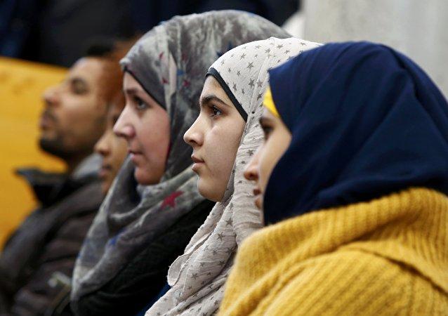 L'Allemagne met en cause les mariages précoces, les mineures réfugiées s'y opposent