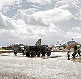 Des Su-25 russes à Hmeimim, en Syrie