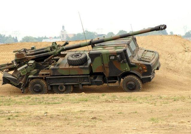 Le système d'artillerie automoteur Caesar