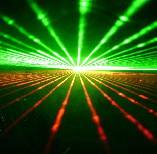 Des faisceaux laser