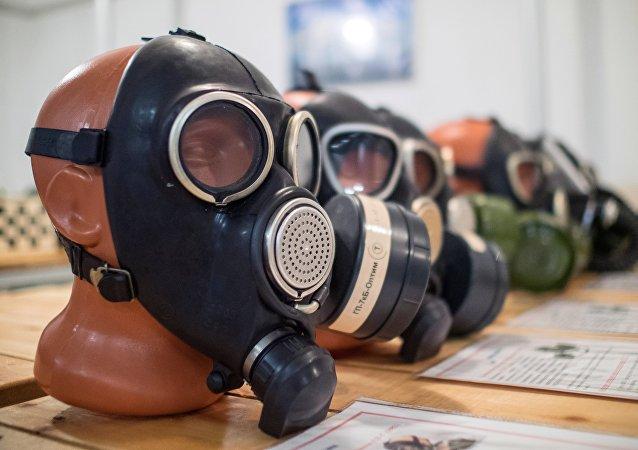 Des masques à gaz
