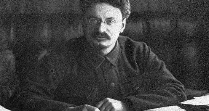 Léon Trotski, révolutionnaire et homme politique russo-soviétique