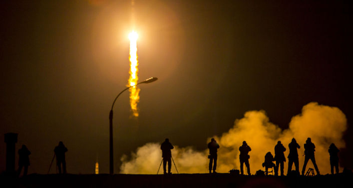 Un Zoyouz tiré vers l'ISS
