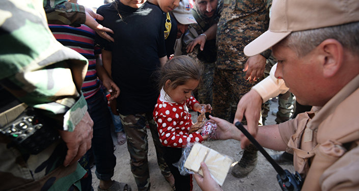 Distribution d'aide humanitaire russe en Syrie