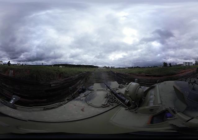 La Garde russe à l'entraînement: vidéo panoramique