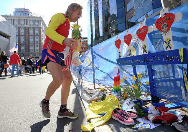 Hommage aux victimes du marathon de Boston