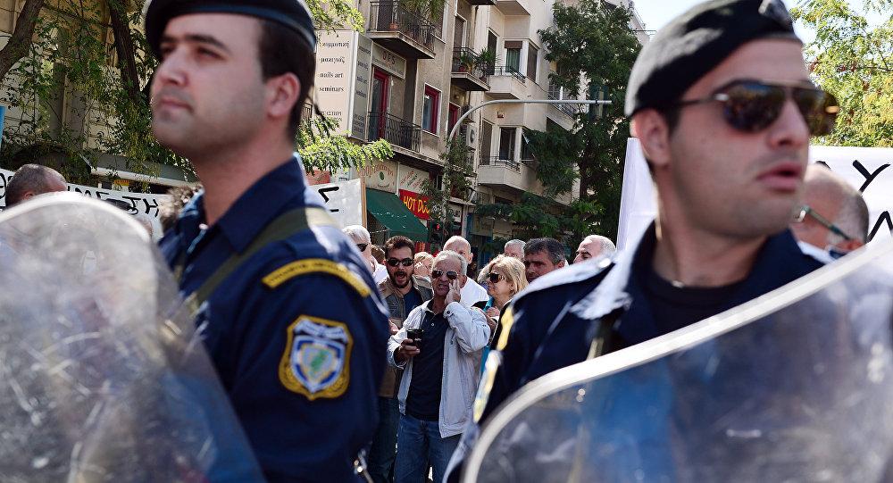 Police à Athènes, image d'illustration