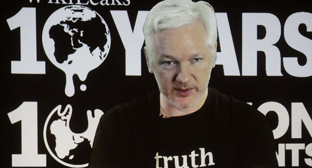 Fondateur du projet WikiLeaks Julian Assange
