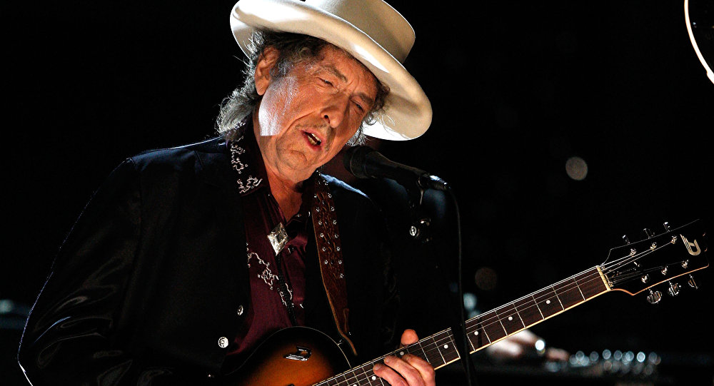 Bob Dylan n'ira finalement pas chercher son prix Nobel de littérature