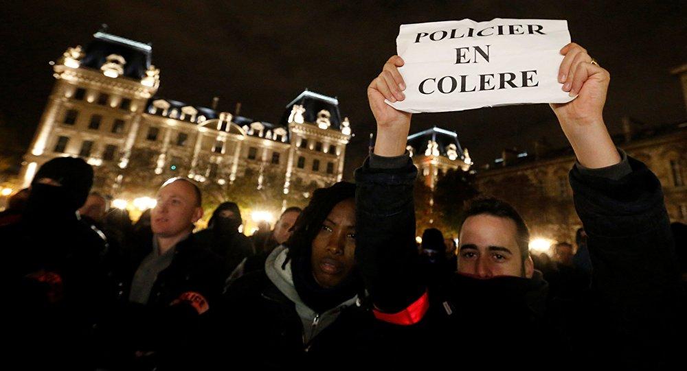 Le « nuits debout » des policiers